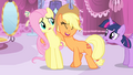 Applejack laughing S4E13.png
