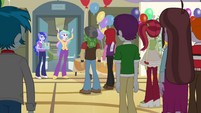 Celestia gets the students' attention EG