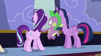 "Spike shouting ""incoming!"" S6E25"