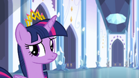 Twilight looking back to other princesses S4E25