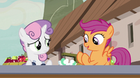 "Scootaloo ""let me see!"" S7E8"