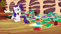 Rarity hurry Rainbow Dash S2E21