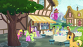 Ponies outside the Ponyville Cafe S7E3.png