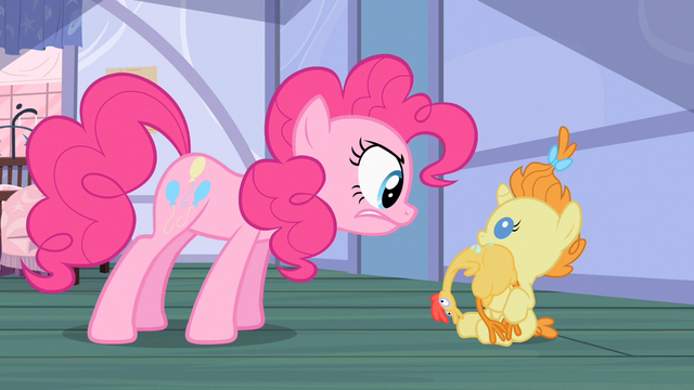 File:Pinkie Pie listen now! S2E13.png