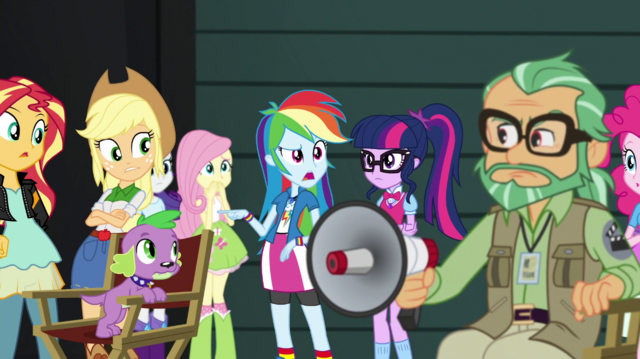 File:Rainbow Dash interrupts the latest film take EGS2.png