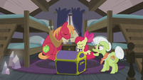 "Granny Smith ""has anypony seen Applejack?"" S5E20"