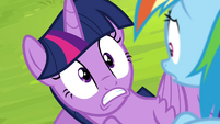 Twilight Sparkle startled S4E22