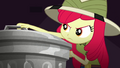 Apple Bloom grabbing a trash can lid SS11.png