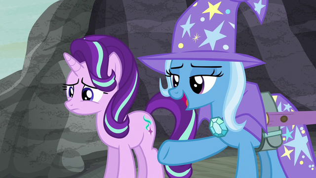 File:Trixie pointing at the village S6E25.png