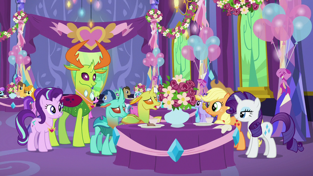 File:Applejack and Rarity talking to changelings S7E1.png