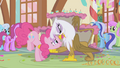 Gilda is watching Pinkie like a hawk S1E05.png
