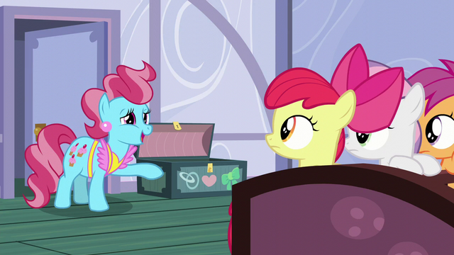 """File:Mrs. Cake """"don't think they're too worried about it yet"""" S6E4.png"""