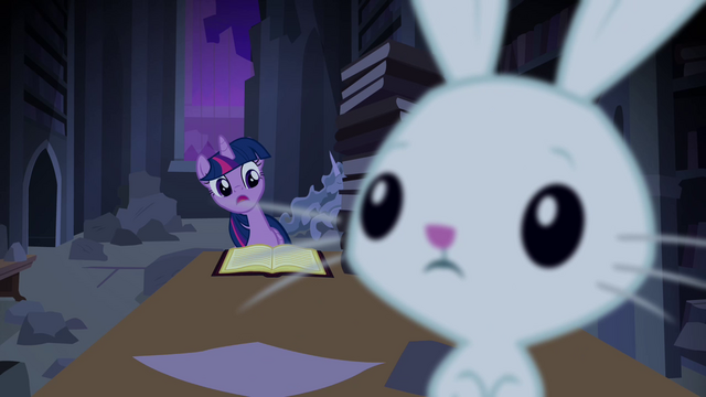 File:Twilight surprised by Angel S4E03.png