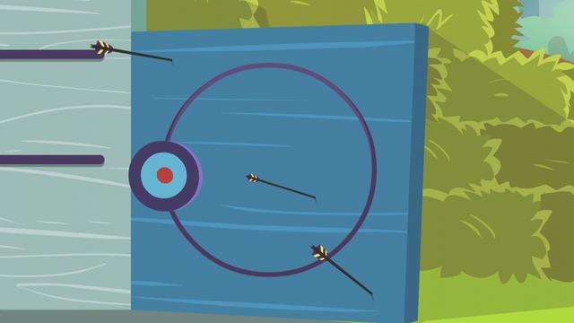 File:Twilight misses the target several times EG3.png