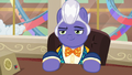 Gladmane with a confident smirk S6E20.png