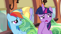 Twilight trying to think of something to say S4E10
