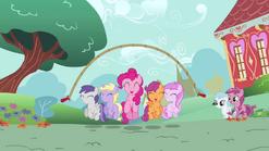 Pinkie Pie skipping fillies S2E18