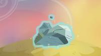 Cadance plugs hole with rocks S4E11