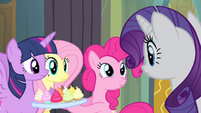 "Pinkie Pie ""only sixty-five blocks away"" S4E06"