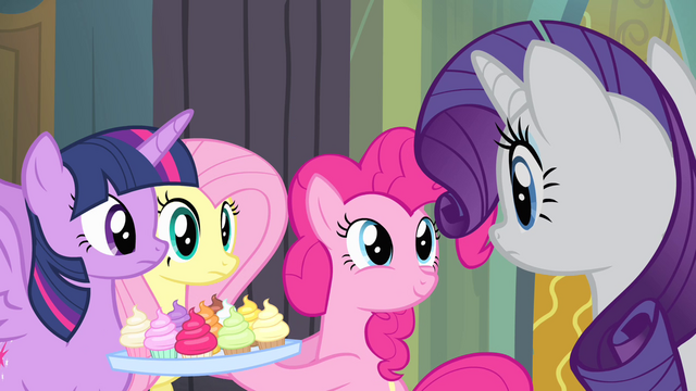 "File:Pinkie Pie ""only sixty-five blocks away"" S4E06.png"