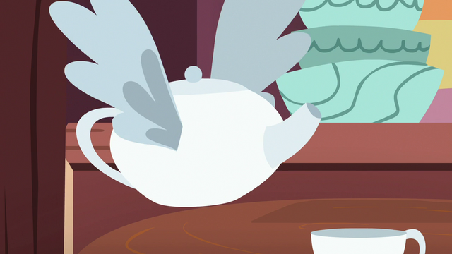 File:Teapot with wings S7E12.png