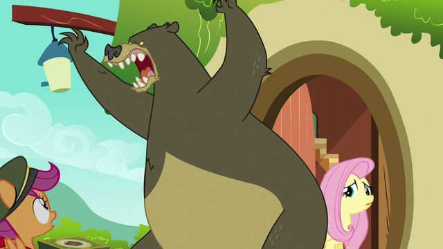 File:Harry roaring at Fluttershy's visitors S6E15.png