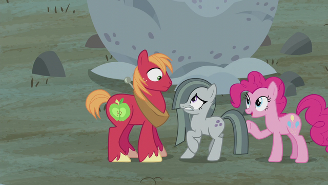 File:Pinkie declares Mac and Marble team one S5E20.png