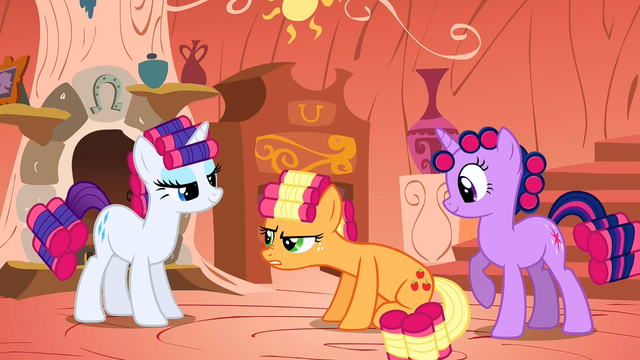 File:Rarity, Applejack and Twilight makeovers S01E08.png