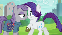 Maud suddenly appears in front of Rarity S6E3