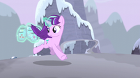 Starlight looking behind one more time S5E2