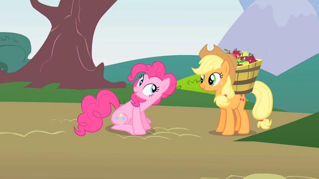 File:Pinkie Pie greeting Applejack S1E15.png