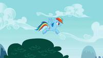 Rainbow Dash flying slowly S01E05
