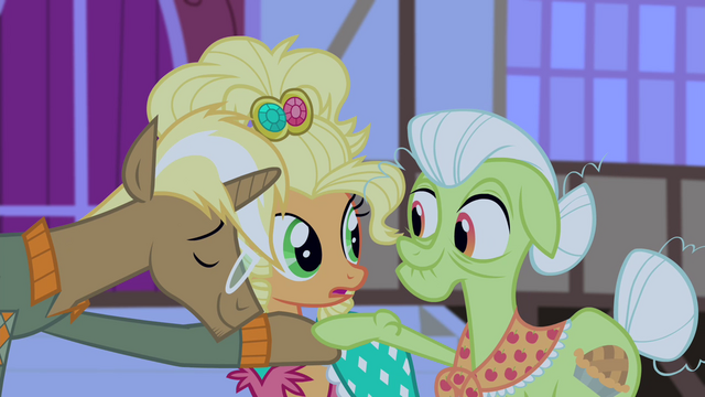 File:Trenderhoof and Granny Smith about to dance S4E13.png