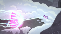 Starlight blasts Twilight's magic shield S5E2
