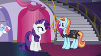 Sassy Saddles apologizes to Rarity S5E14