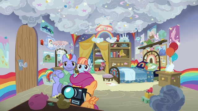 File:Scootaloo takes pictures of Rainbow's old bedroom S7E7.png