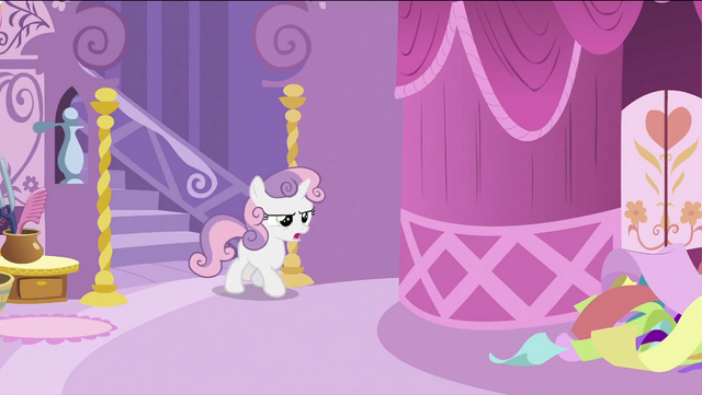 File:Sweetie Belle walking out the staircase S2E23.png