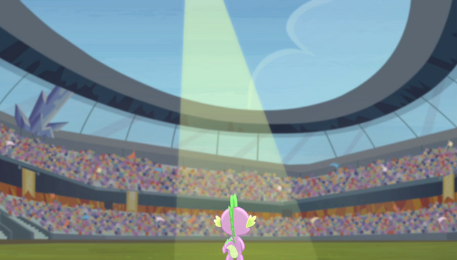 File:Spike in the spotlight S4E24.png