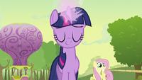 Twilight about to restore Rainbow Dash S2E02