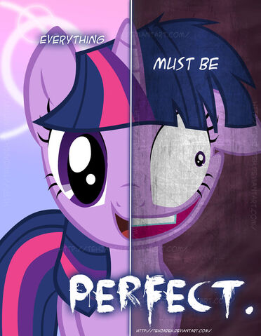 File:FANMADE 2 sides of twi.jpg