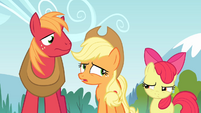 Applejack 'Don't know that it's helpful' S4E09