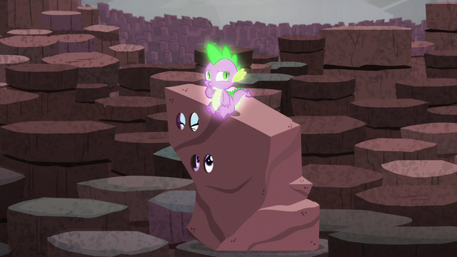 File:Spike sitting on Rarity and Twilight's rock costume S6E5.png