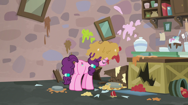 File:Sugar Belle alone in her ruined bakery S7E8.png