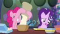 Pinkie Pie adding flour to the batter S6E21.png