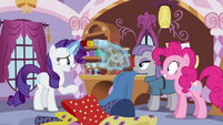 "Rarity ""I'm sure I could work my magic"" S4E18"