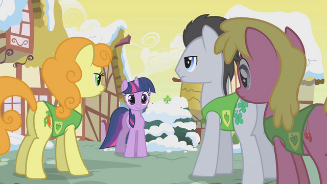 File:Twilight pleased by the progress S1E11.png