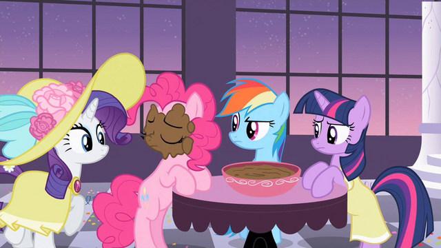 File:Rarity what... S2E9.png