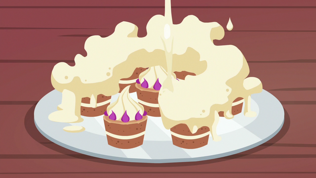 File:Teacakes with too much frosting on them S7E2.png