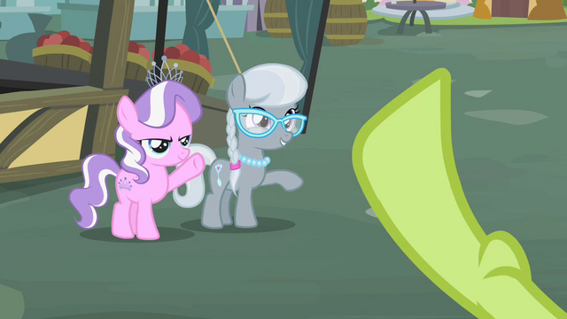 File:Diamond Tiara and Silver Spoon waving to Granny Smith S2E12.png