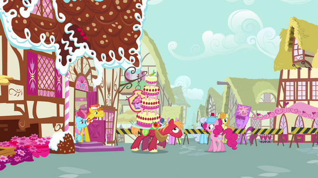 File:Pinkie watching Big McIntosh carrying cake S2E24.png